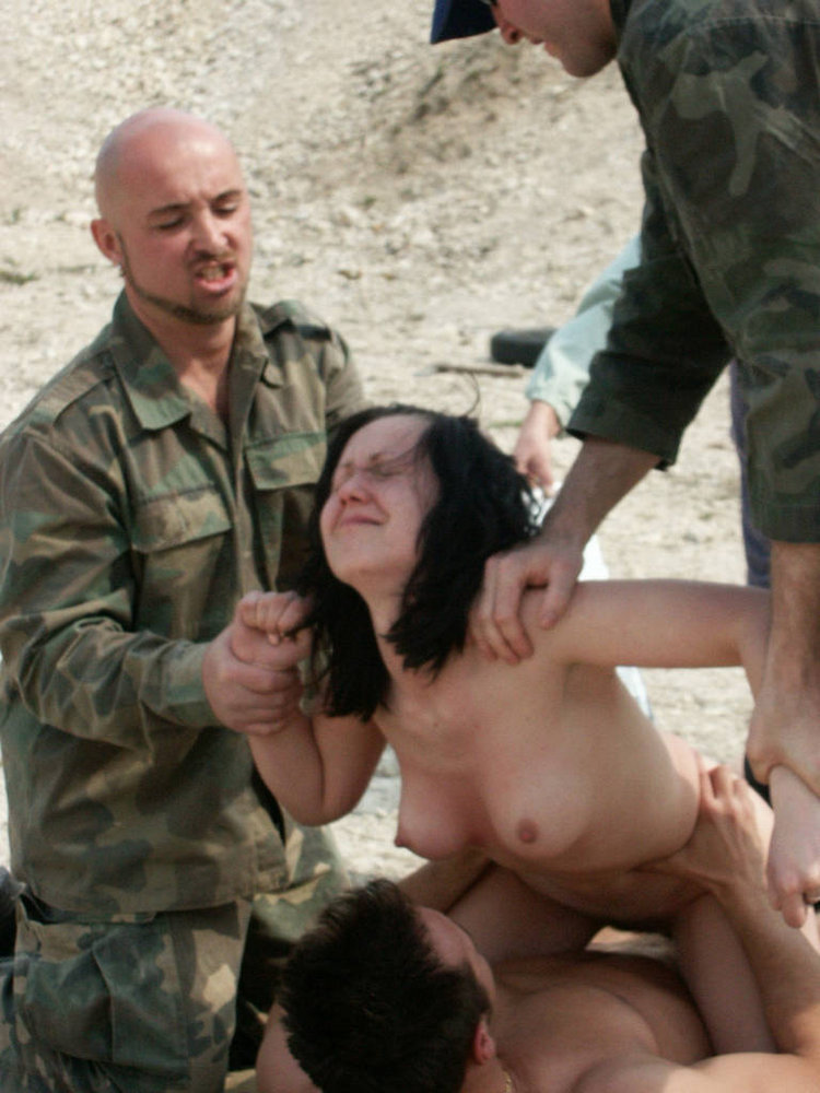 Naked iraqi girls photo