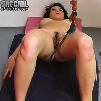 Full kitty chivvied at XXX gymnastics lesson