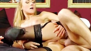 Slut in lingerie does anal